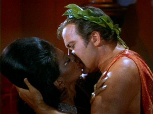 kiss uhura kirk
